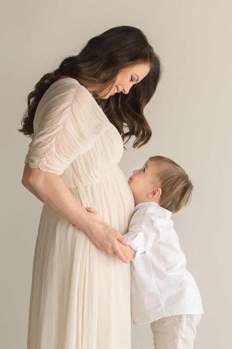 Chattanooga Maternity Photographer | Sweet Caroline Photographie | studio maternity