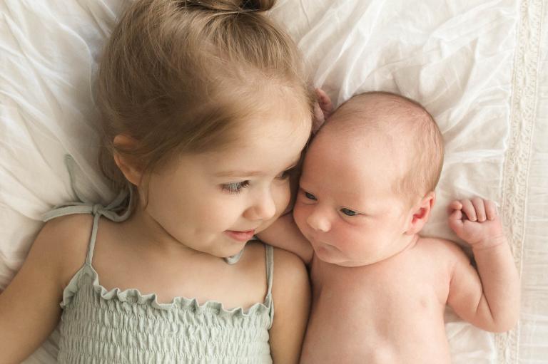Chattanooga Newborn Photographer   Sweet Caroline Photographie   studio newborn portraits