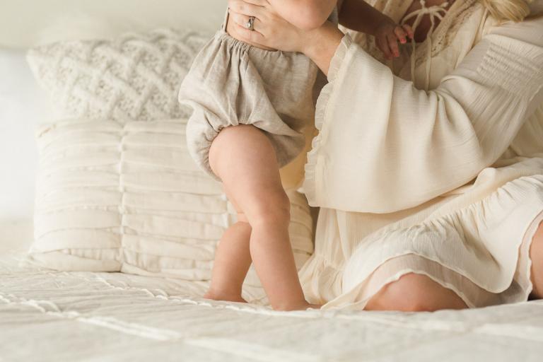 mama and one year baby studio portraits | Sweet Caroline Photographie